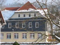 Der Altbau der Regelschule mit neuer Fassade